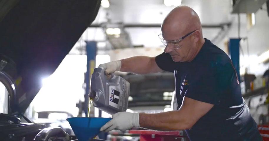 mechanics recommend - Механики называют Mobil 1™ лучшим моторным маслом третий год подряд