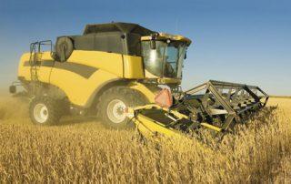mobil agri 1 320x202 - Mobil Delvac – заботится о технике, чтобы вы могли заботиться об урожае